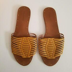 The Willa Slide Sandal